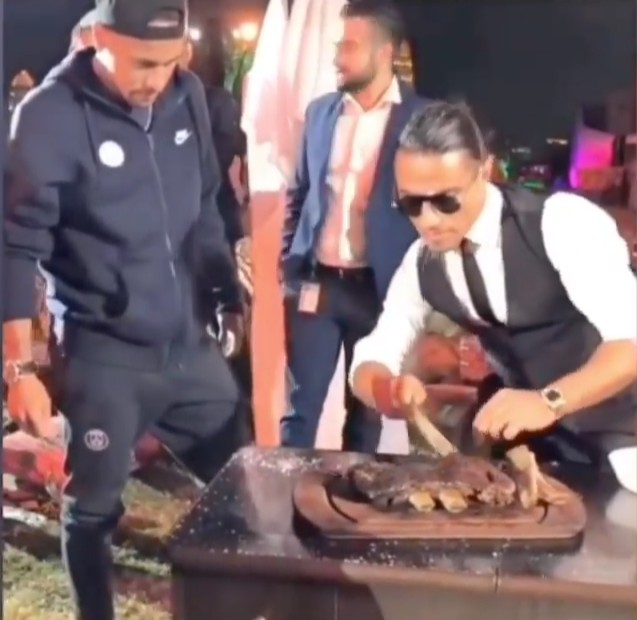 Neymar and the chef