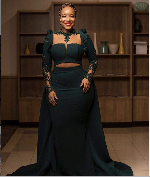 [Photo]: Joselyn Dumas Puts Her Eye Popping Figure On Display In Sexy Two-Piece