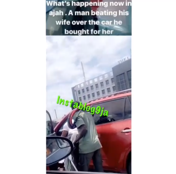 [Video]: Man Seen Beating His Wife In Traffic