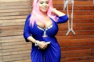 Cossy Orjiakor Strikes Suggestive Poses On Couch