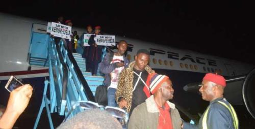 Nigerians arrive from south africa