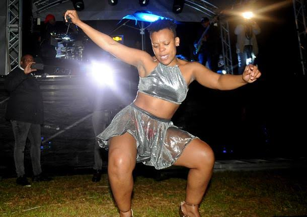 images 14 - Zodwa Wabantu Exposes Her Bare Bum While Kissing Female Fan On Stage (Photo)