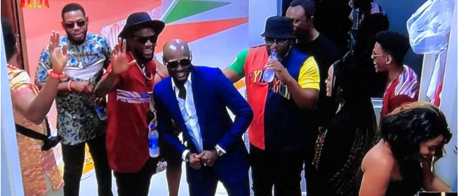 Tuface and entourage surprising BBNaija housemates