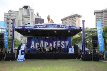 Acadafest 2019: Raising 10m Naira For 20 Tertiary Institution Students As Johnny Drille & Waje Thrill Crowd