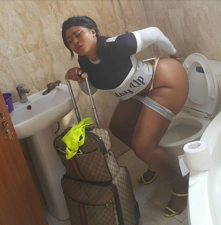 10470155 5db6edcb3e32d jpeg091e479a491cf348b036e25c6c108733 - Actress Pat Ugwu Takes Photo Of Her Bare Bum Inside Toilet