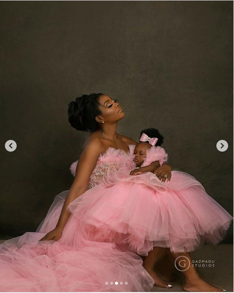 Sandra Onazi and her daughter
