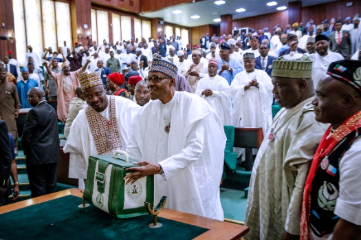 Buhari presents 2020 budget