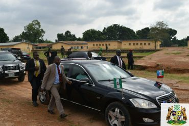 Governor Ayade, UNICAL Student, Goes To School In 20-Jeep Convoy