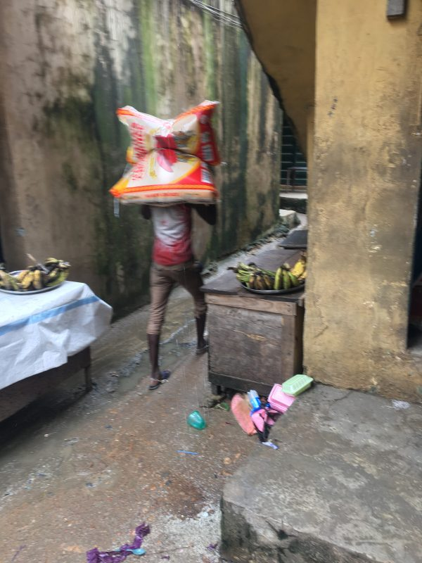 Exclusive :- No Pain, No Gain – Inside The Hard Life Of Lagos Hard Labourers