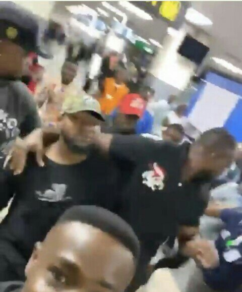 Davido and his bouncers