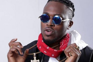 TK Swag Takes To Street To Promote New Song 'Fairly Used Boyfriend' (Video)