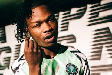 Naira Marley Calls Out Mompha, Labels Him 'Yahoo Boy' (Video)