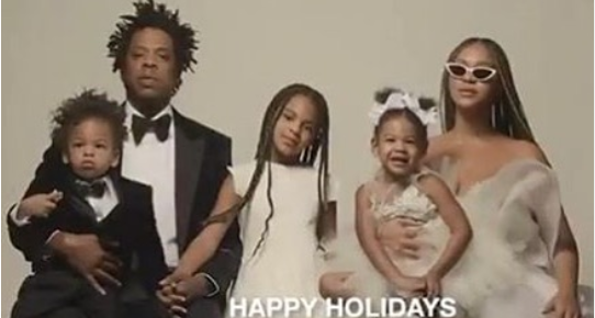 Beyonce Jay Z And Kids Pictured Together In New Year Family Photo