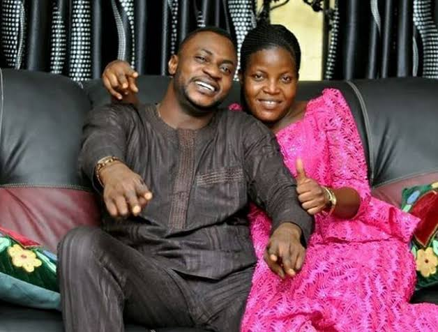 Odunlade Adekola and wife