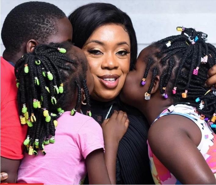 Dolapo Badmus and her kids