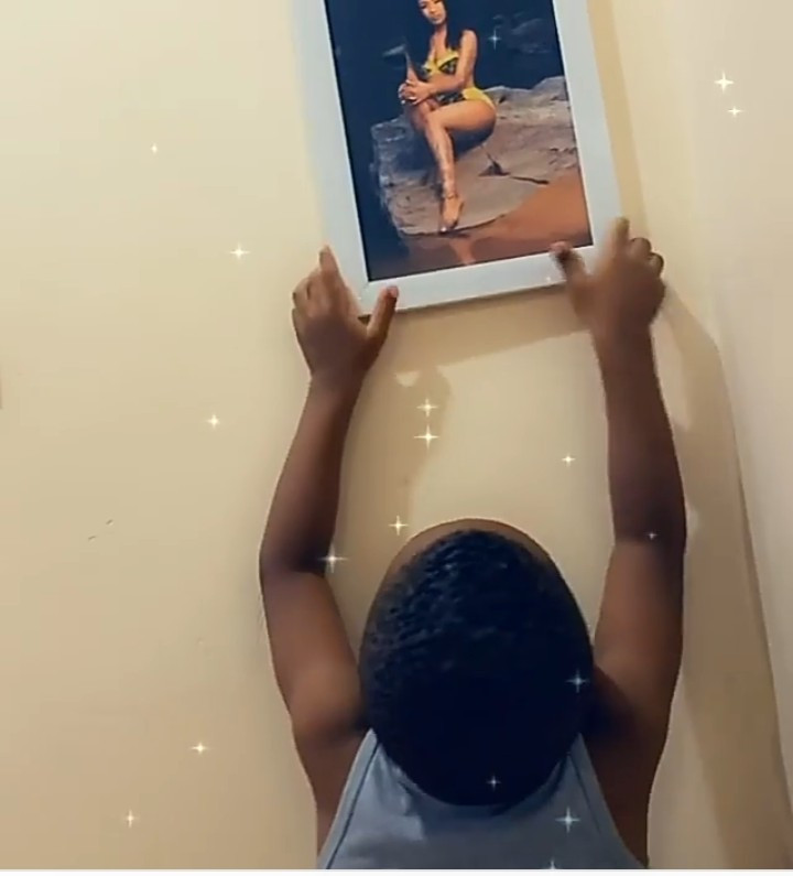 Tonto Dikeh's son taking off the photo on the wall