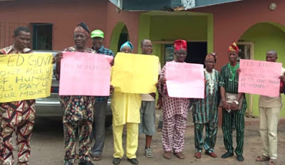 The retirees protesting at the NUJ secretariat