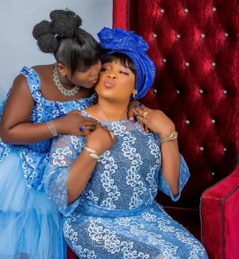 Kemi Afolabi and her daughter