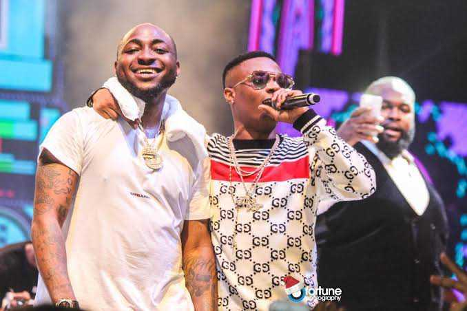 #EndSARS: Wizkid to join protest in UK, Davido to set up dialogue with top Nigerian government officials