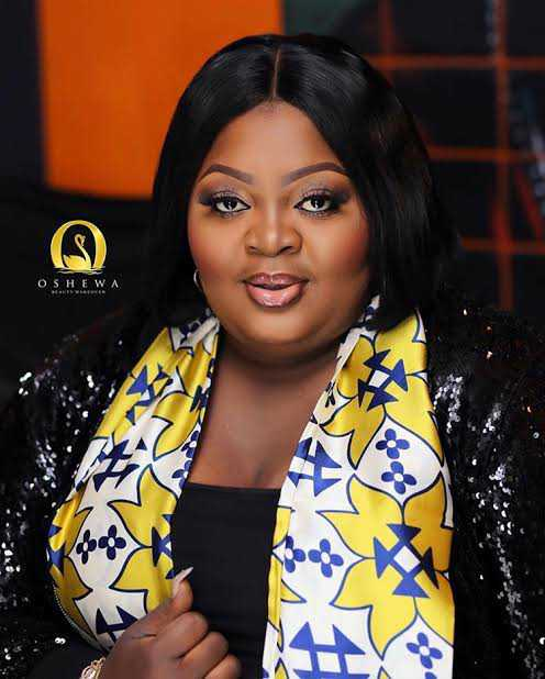 Eniola Badmus fires back at troll who body-shamed her