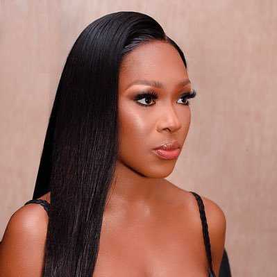 Vee replies those asking when she will sign endorsement deal