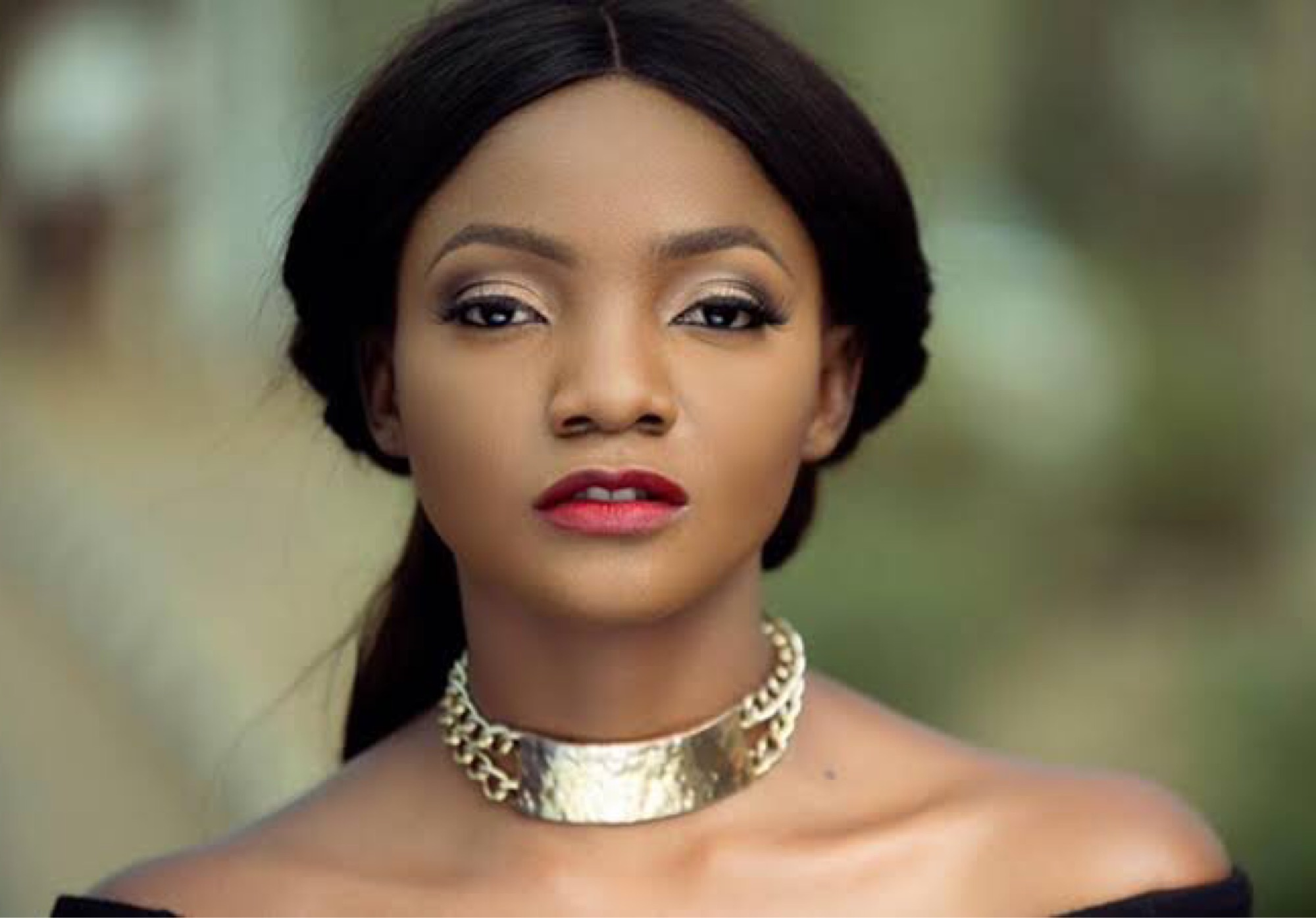'I'm Okay Here' - Singer Simi Replies Fan Who Said She Is Supposed To Be Singing In Heaven