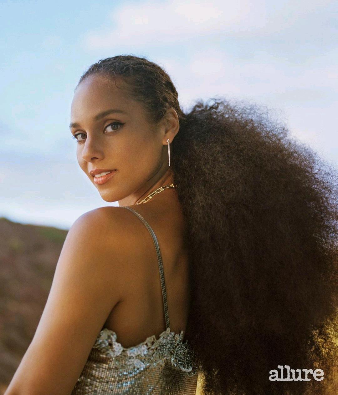 I've Never Felt Comfortable In My Skin - Alicia Keys