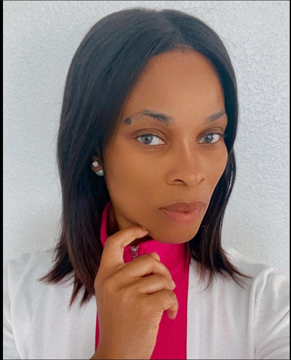 """""""Stop Envying Packaged Lives You See On Social Media,"""" Actress Georgina Onuoha Tells Fans"""